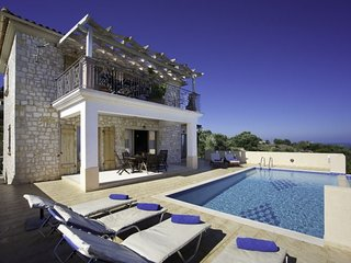 Psilithrias Villa Sleeps 6 with Pool and Air Con - 5764117
