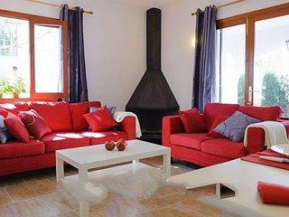Cala Egos Villa Sleeps 6 with Air Con and WiFi - 5000834