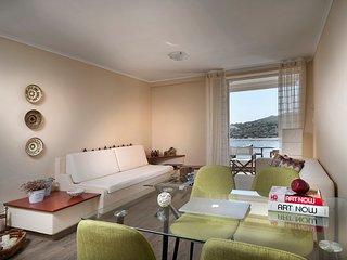 Ermis Beach Apartment