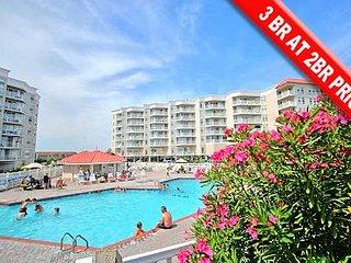 3012 St Regis Resort - 3BR Oceanfront Condo in North Topsail Beach with Tennis C
