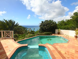 Stunning hill top property just a short walk from the beach!!!
