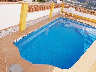 Villa Sol, Vista mar, Pool, garaje, WiFi gratis