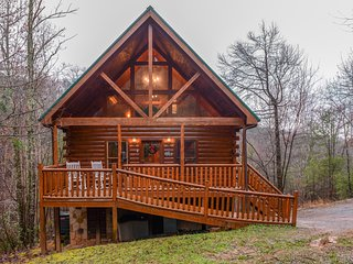 NEW LISTING! Log cabin w/hot tub, decks, pool table & fireplace-near attractions