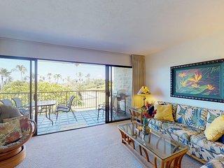 NEW LISTING! Bright, second-floor condo w/lanai & shared pool-near golf & beach