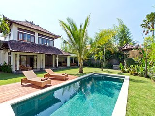Private 2BR Pool and Garden Villa in Seminyak