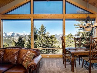 Aspen Leaf Chalet Luxury Vacation Home at Windcliff - 3308