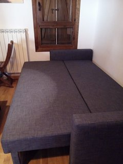Sofá cama doble de 1,40 muy cómodo.