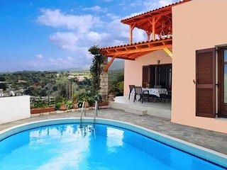 Villa Sunset - Stunning Sea & Mountain Views, Pool and Hammocks on Roof Terrace