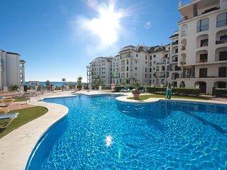 Marina Duquesa Beachfront apartment facing seaview. Malaga, Costa del Sol
