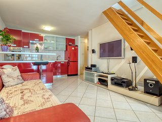 Spacious apartment in the center of Zambratija with Parking, Internet, Washing m
