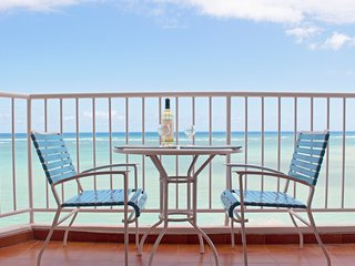 avDirectly on Isla Verde Beach, Overlooking the Ocean.