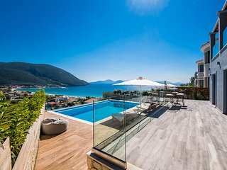 Stunning Villa Ostria With Private Pool In Vasiliki