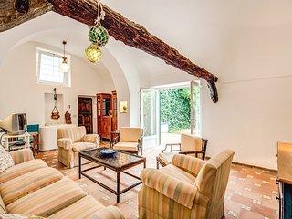 Gorgeous Villa 'Il Giovedi' in Anacapri
