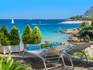 Amazing villa Can Jeroni right on the beach