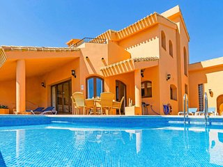 3 bedroom Villa with Pool, Air Con and WiFi - 5705870