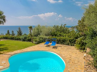 Villa Smeralda - Private pool, Sea view, Mediterranean nature 200 mt from sea
