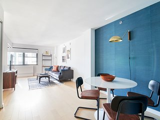 Vibrant 1BR in Midtown East by Sonder
