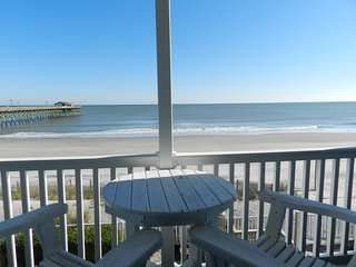 Oceanfront Condo. Walk to the Pier at Garden City