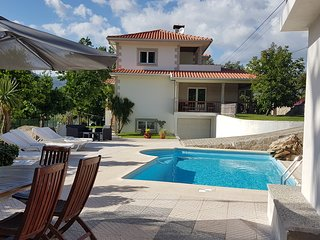 Villa with private swimming pool, close to National Park Geres & Braga