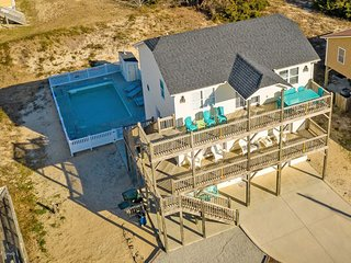 Beach Walker: Almost Ocean Front Beach House with Pool, sleeps 15