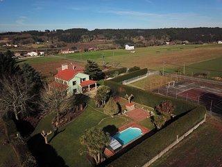 Ref. 12017 Chalet con piscina cubierta y wifi cerca de Santiago