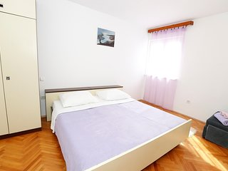 Cozy apartment in the center of Baška with Parking, Internet, Air conditioning,