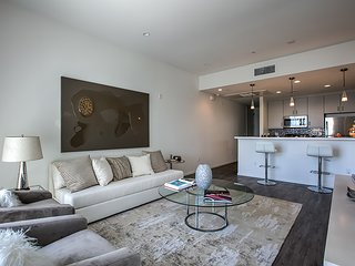 Beverly Hills Condos 2BR 2