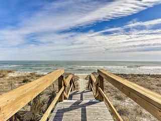 Oceanfront Carolina Beach Condo w/ Community Pool!