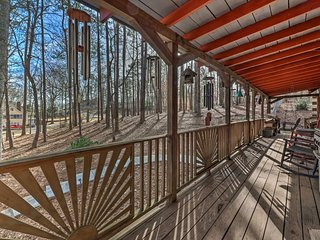 Peaceful Log Cabin on 3 Acres - Near Atlanta!