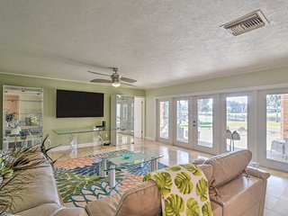 NEW-Waterfront Crystal River Home w/Dock, Fire Pit
