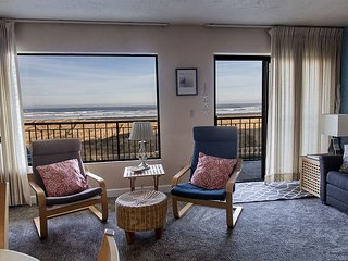 Sweeping oceanfront views from this one bedroom condo right on the prom!
