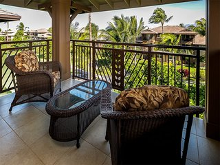 Luxe 2-Level! Gourmet Kitchen, Laundry, Lanai, WiFi, AC+TVs–Hali'i Kai Waikoloa