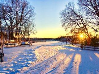Cozy Cottage - Lake Minnetonka