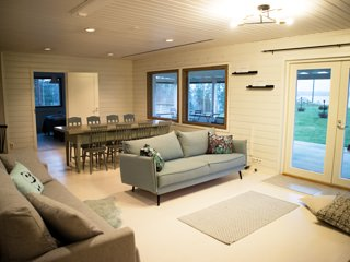 Tahlo Hillhouse and Underhill Beach & Sauna