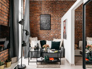 Unconventional Apartment in the central part of Jewish Quarter