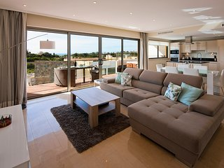 Luxury modern, spacious apartment, with fantastic sea views - Premier nº 47