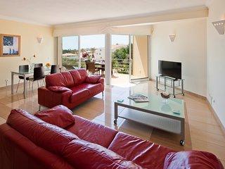 Modern spacious penthouse apartment - Parque n0 14