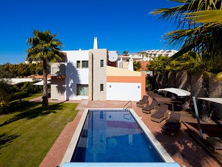 Luxury modern, spacious villa with private pool - Villa nº 21