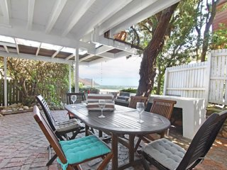 Glen Beach Vista | Cosy 3 Bed Beach Bungalow
