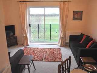 House, Sleeps 6, 3 bedrooms,Parking, easy walk to town, Great View