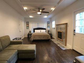 Beautiful 1 bd 1 bath suite By Phipps Plaza - Atlanta