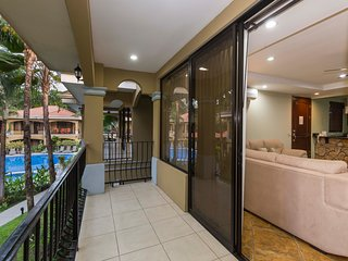 Luxury condo #9 with pool & garden view