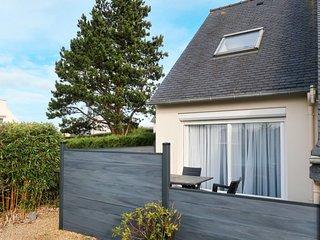 2 bedroom Villa in Kermaquer, Brittany, France - 5768870