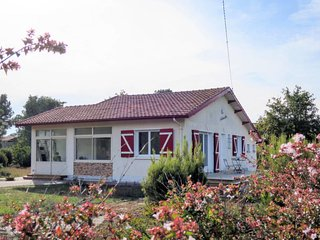 3 bedroom Villa in Montalivet-les-Bains, Nouvelle-Aquitaine, France - 5768879