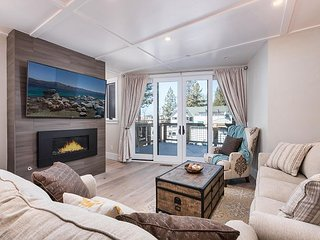 Beachfront Townhouse w/ Lakeside Deck & Fireplace - Near Skiing & Casinos