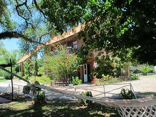 VILLA SORIANO - Le 'Chale Alto' propose un joli appartement independant sur parc