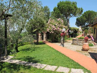 Sant'Angelo in Colle Holiday Home Sleeps 8 with Pool Air Con and WiFi - 5768605