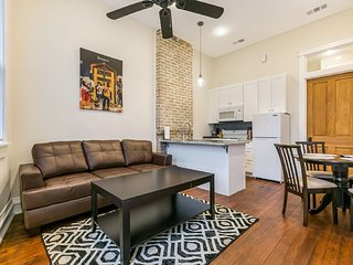 Newly renovated Modern 1BD Duplex Tulane ave