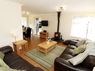 Nuthurst | 3 Bedroom Bungalow | Croyde