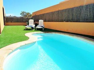 Villa Lavanda/ private terrace with pool/free wifi/Satellite Tv/parking